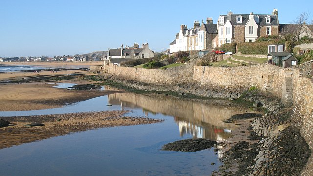 cheap accommodation Elie fife